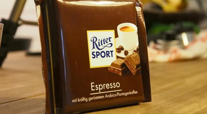 Der Vergleich: Ritter Sport Espresso vs normalen Espresso